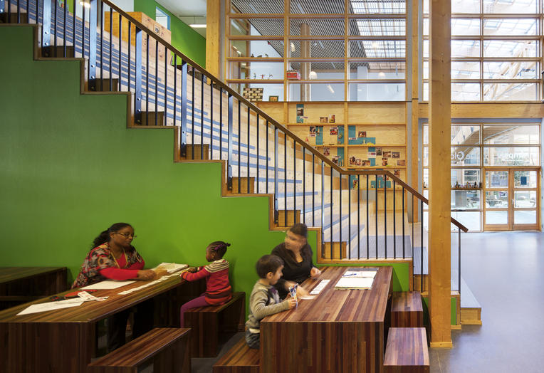 Community School The Frog, Amsterdam  –  pleasant study areas