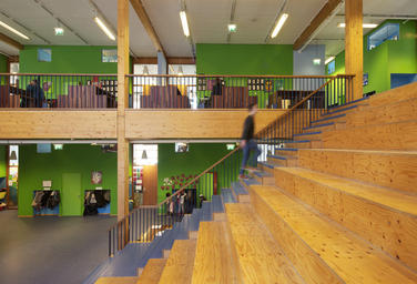 Community School The Frog, Amsterdam  –  timber framestructure
