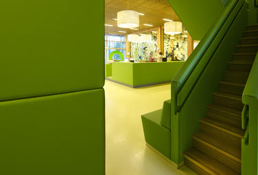 Community School The Frog, Amsterdam  –  Bright friendly environments encourages the well-being