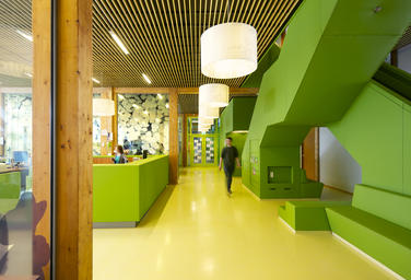 Community School The Frog, Amsterdam  –  Refined materialisation