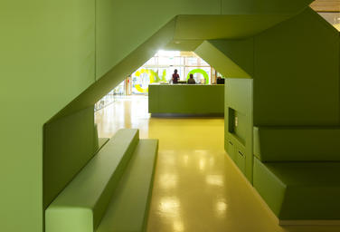 Community School The Frog, Amsterdam  –  Green