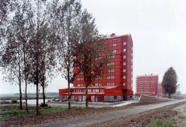 Rooie Donders, Almere