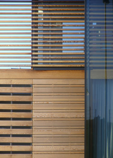 Monuta Funeral centre, Apeldoorn  –  detail timber and glass surfaces
