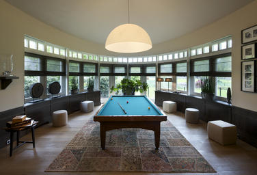 Villa, NL  –  billiard room